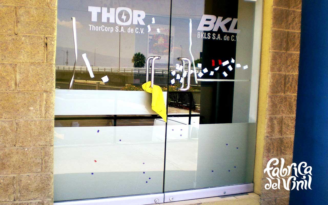 Esmerilado thorcorp 9 fabrica del vinil - Papel para vidrios ...